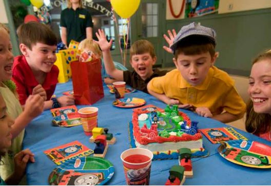 turn birthday party ideas into reality entertrainment junction