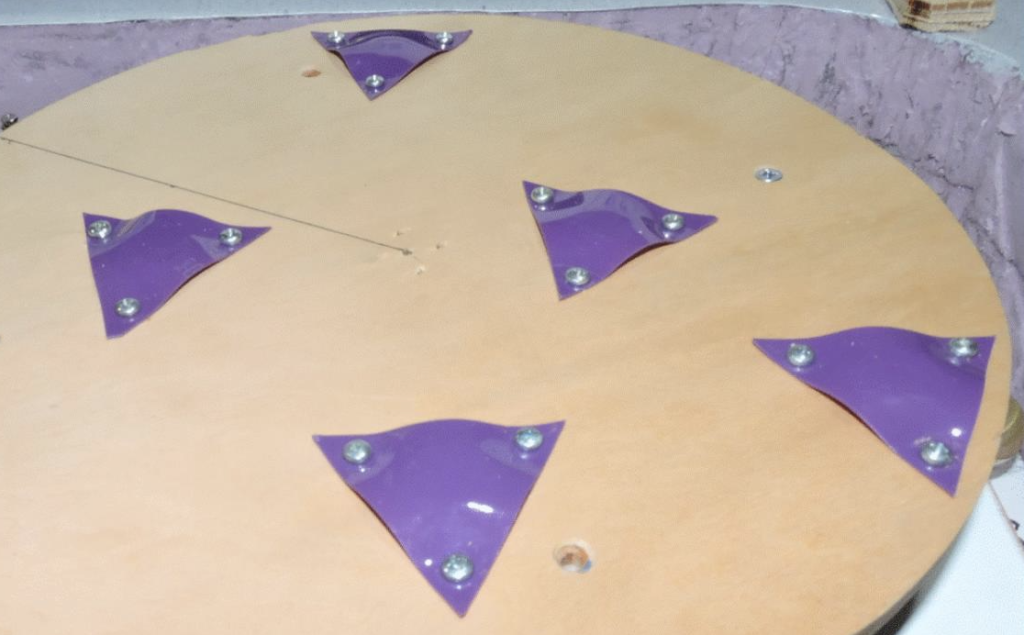 Figure 3Magnets Mounted on Turntable
